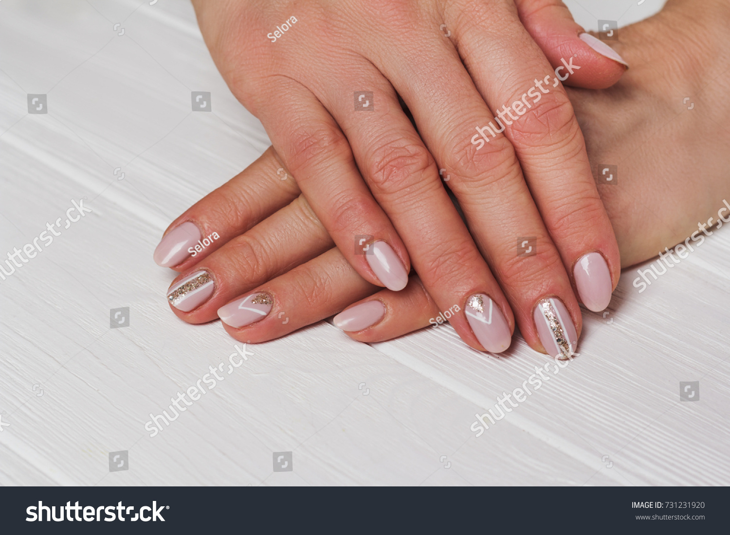 images?q=tbn:ANd9GcQh_l3eQ5xwiPy07kGEXjmjgmBKBRB7H2mRxCGhv1tFWg5c_mWT Nail Art With Lines @bookmarkpages.info