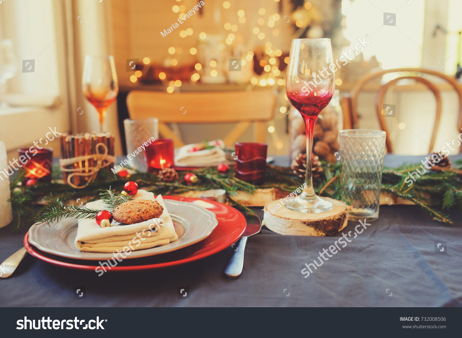 Festive table for the New Year of 2019 Pigs 91
