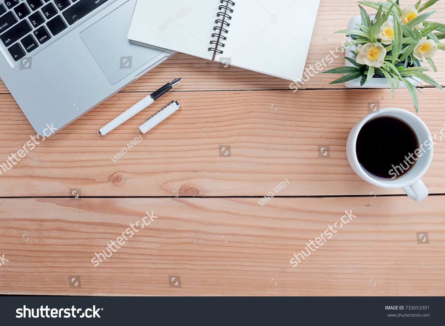 top office table cup. Office Desk Table With Pen, Keyboard, Smartphone, Notebook, Cup Of Coffee And Top U
