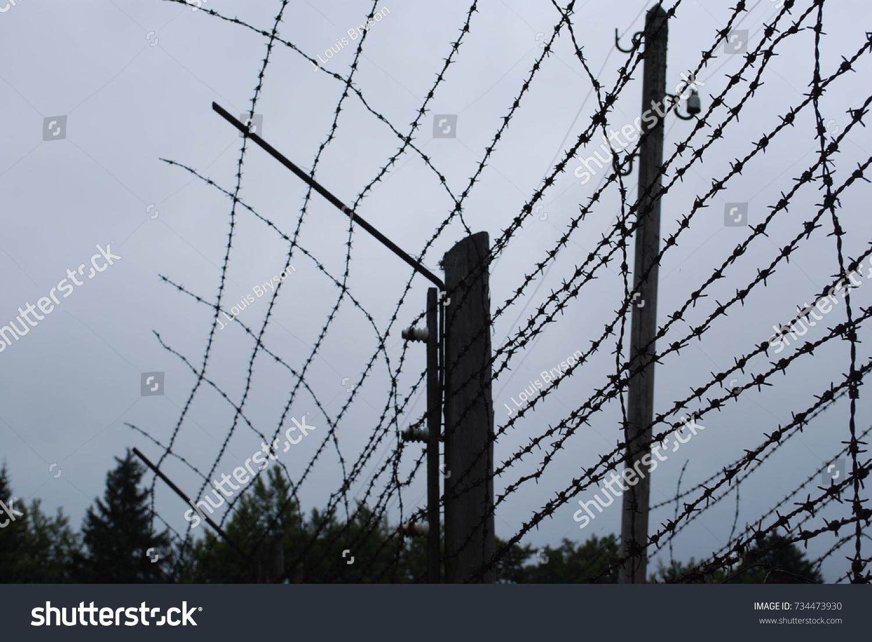 Barbwire Fence Ww2 - WIRE Center •