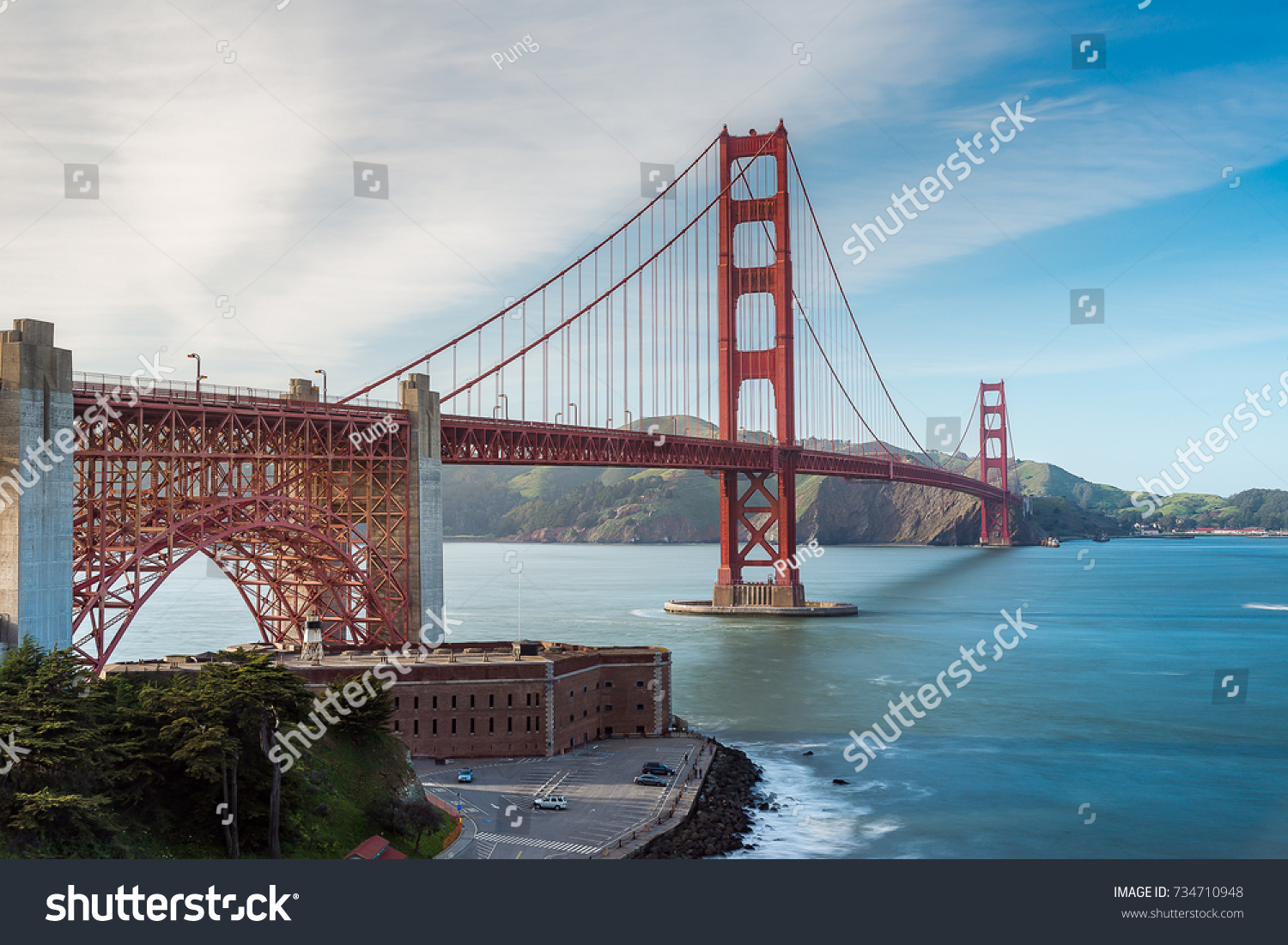 famous architecture in the world. beautiful golden gate bridge, the world famous architecture of san francisco in k