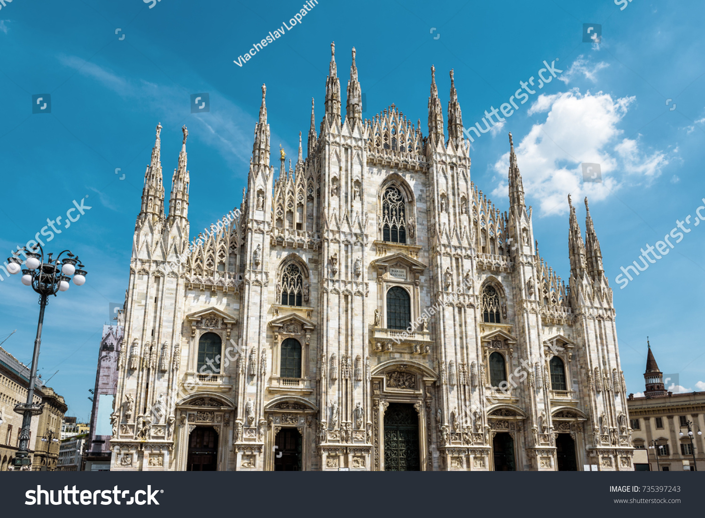 Milan Summer Nude Photos 17