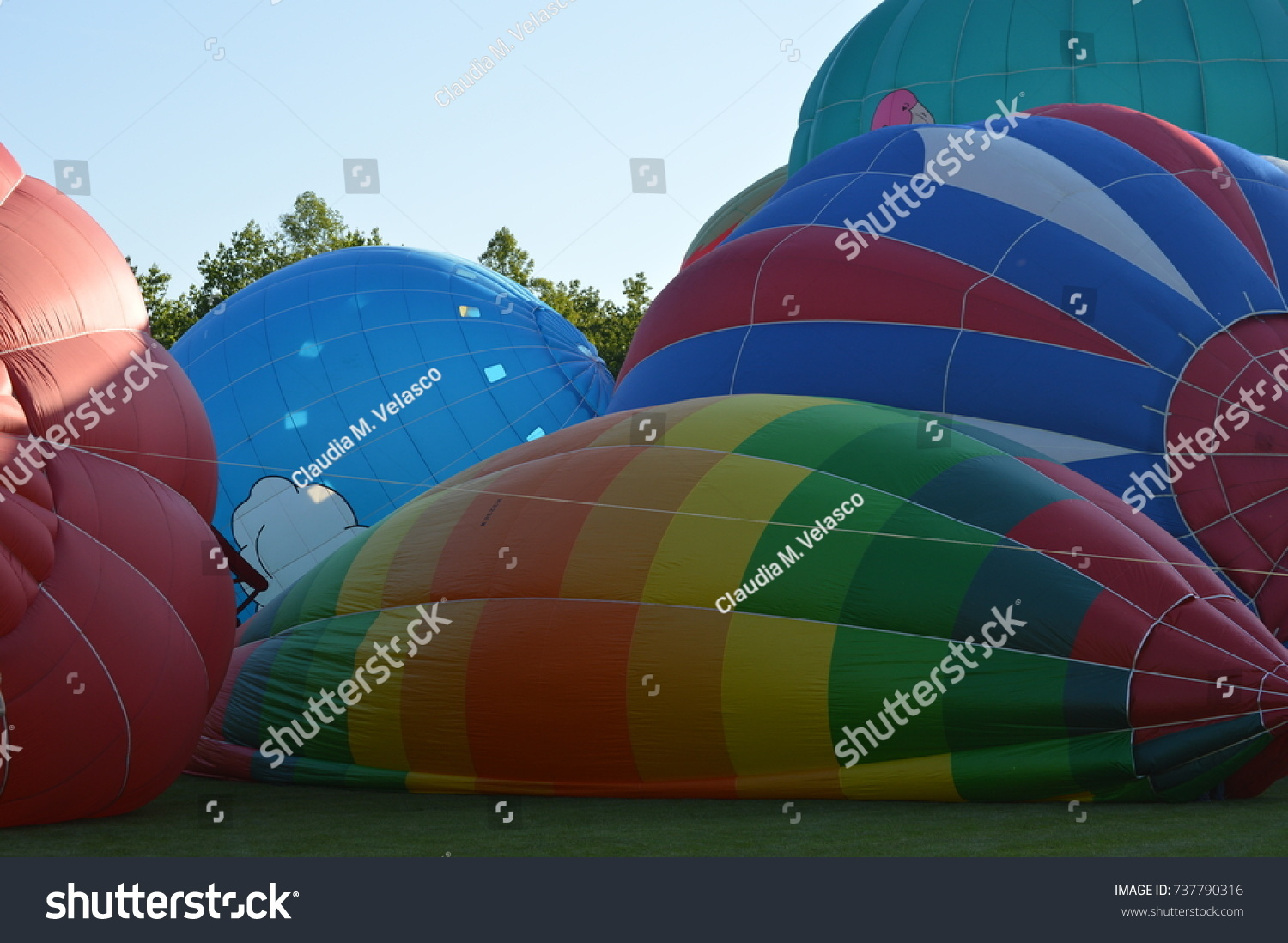 Hot Un Stock >> Multiple Many Colorful Hot Air Balloons Stock Photo Edit