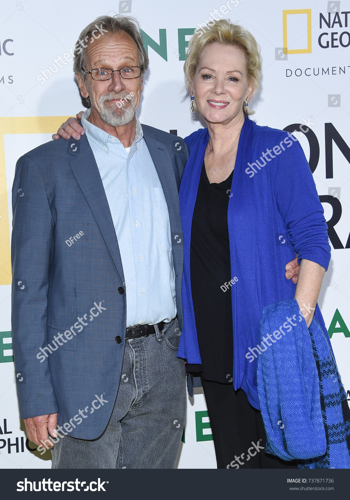 Los Angeles Oct 09 Jean Smart Stock Photo Edit Now 737871736 Jean plays aunt audrey, who took in her sister's two kids after her sister's recent suicide. https www shutterstock com image photo los angeles oct 09 jean smart 737871736