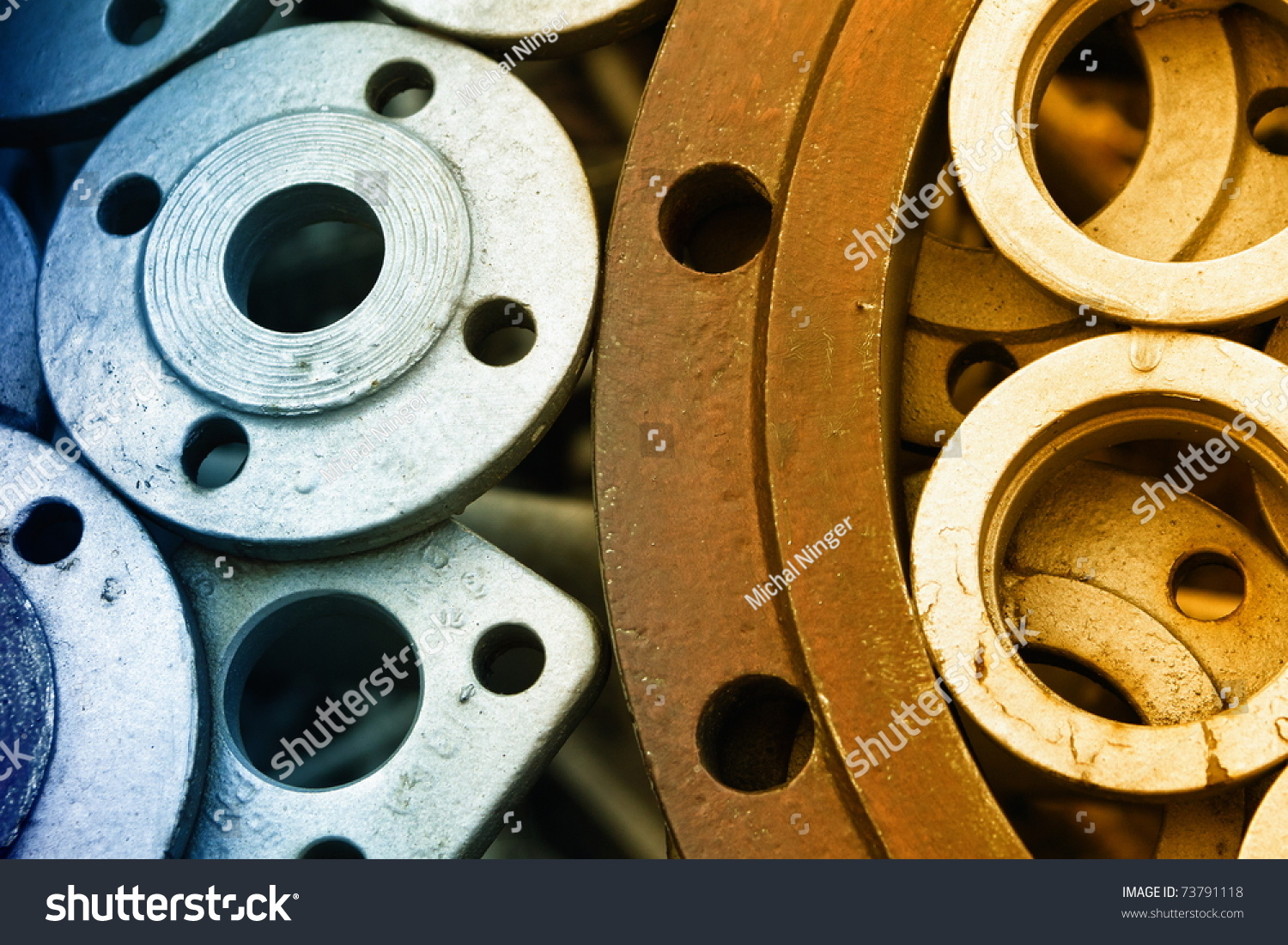 two color metal wheels, warm and cold