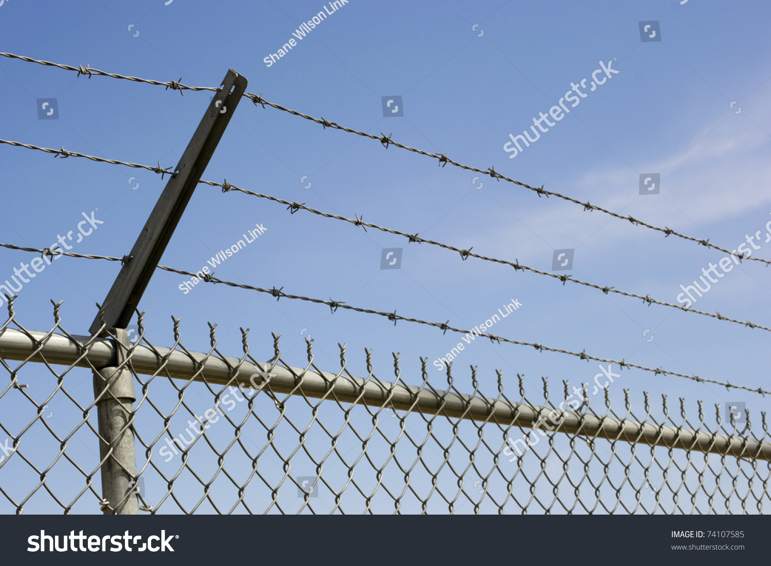 Chain link fence barbed wire Chain Link Fence Barbed Wire China ...