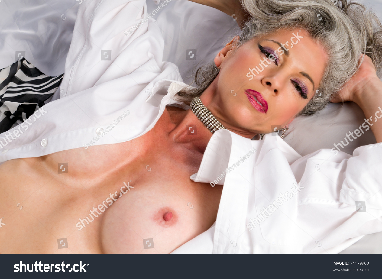 sexy cleavage kameez