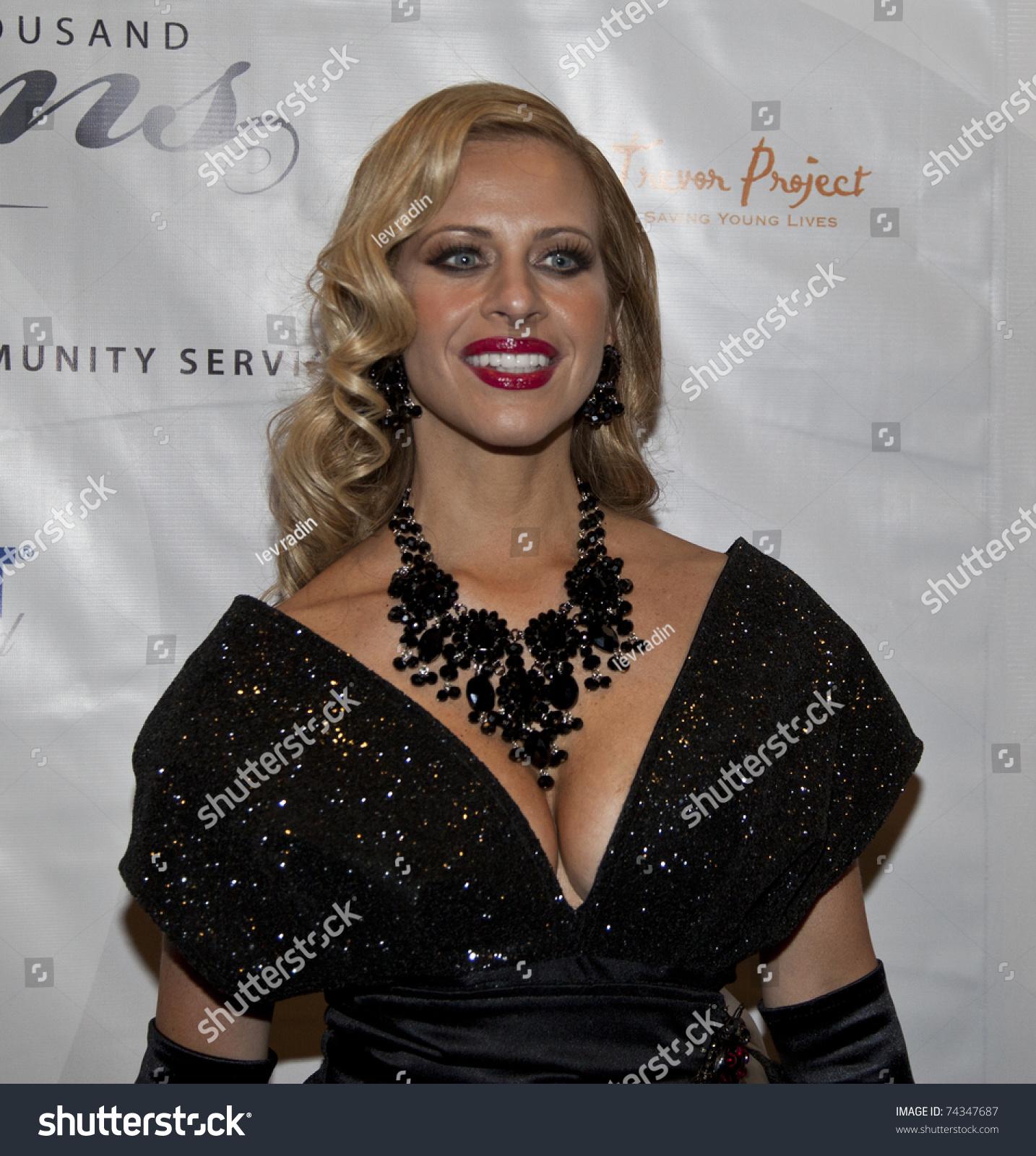 NEW YORK MARCH 26 Dina Manzo Stock Photo (Edit Now) 74347687 ...