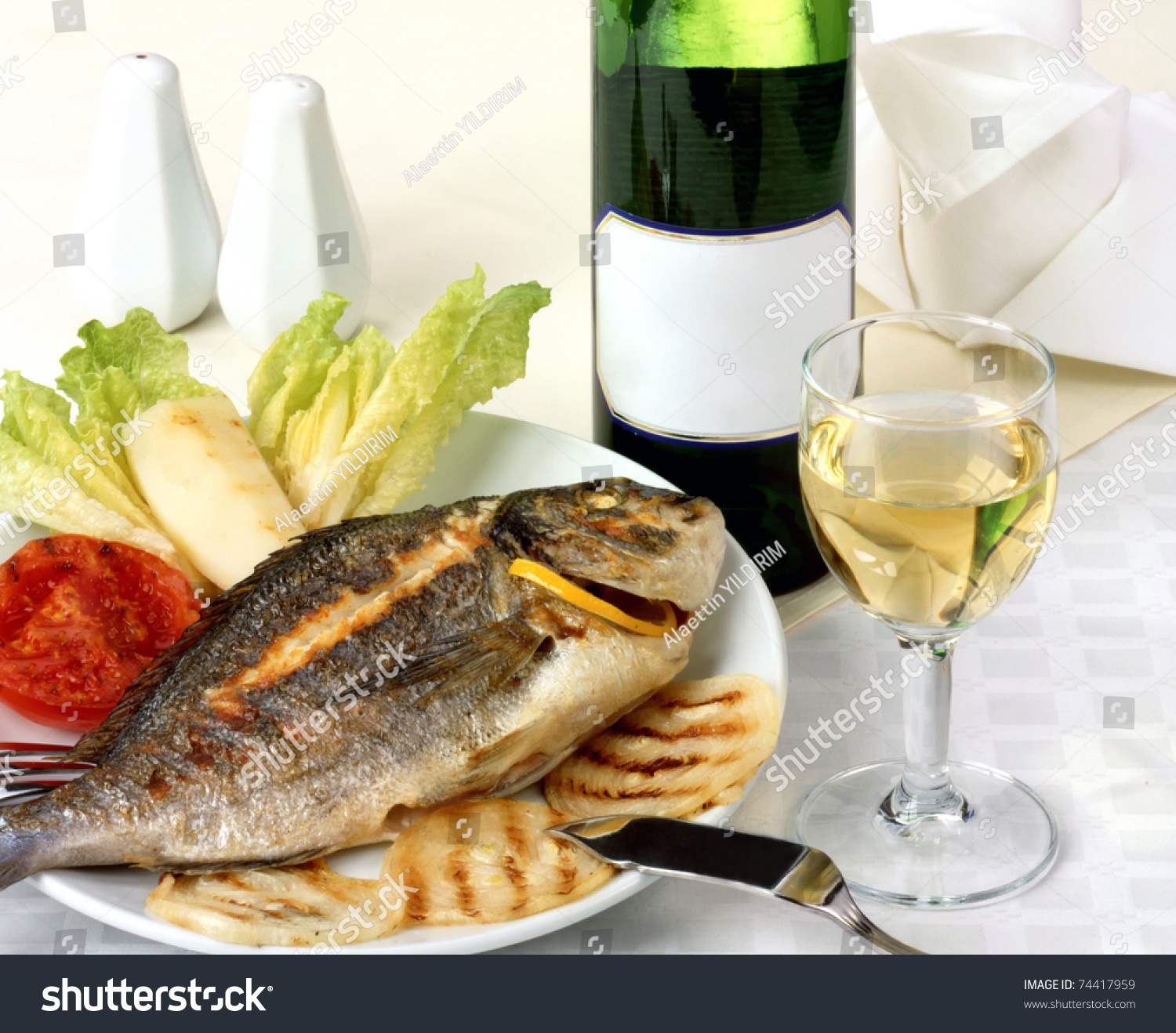Fish wine stock photo 74417959 shutterstock for White wine with fish