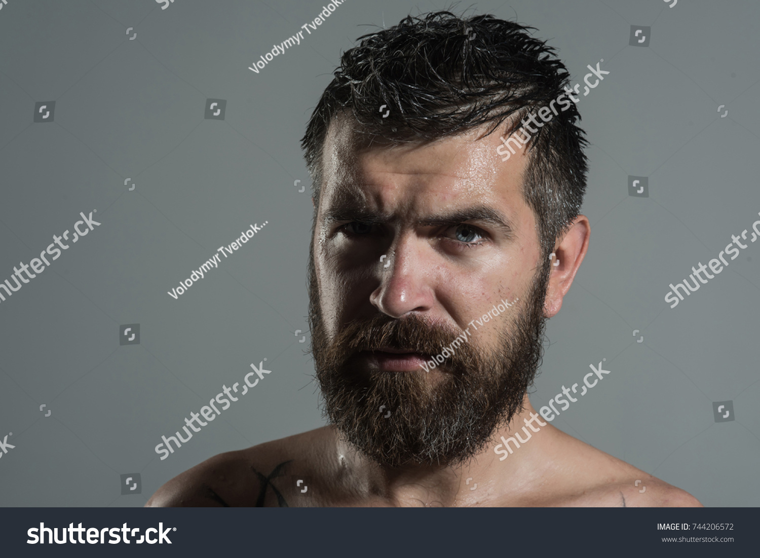 Serious face guy naked pic 134