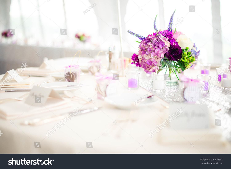 White Purple Wedding Table Setting Stock Photo (Royalty Free ...