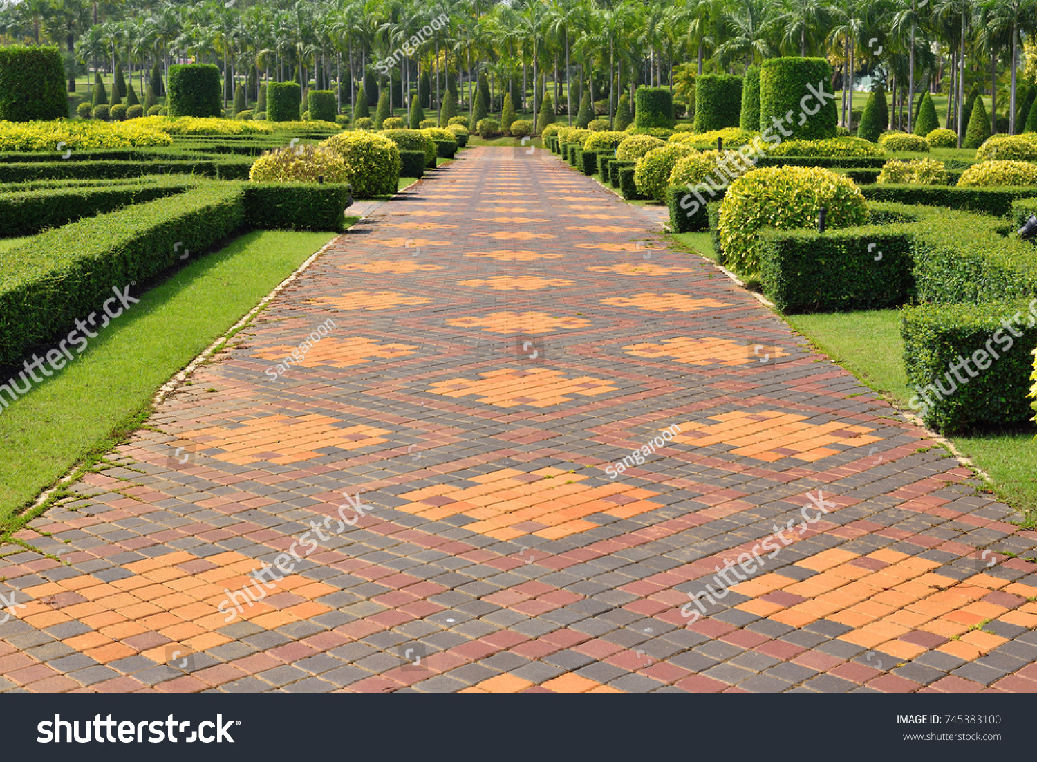 Garden Paths And Walkways, Pattern Design Of Walkway Concrete Block Paving,  Shrub And Hedge