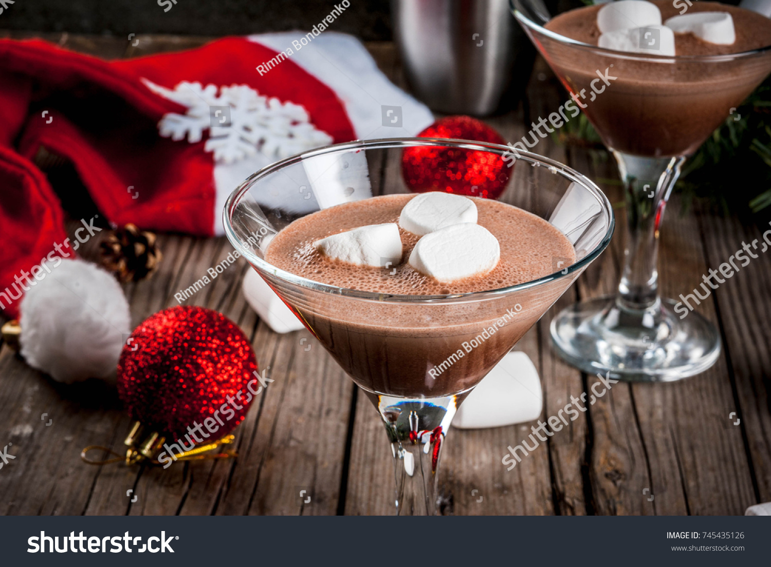 Christmas Party Drink Ideas Part - 43: Ideas For Christmas Party Drinks, Homemade Hot Chocolate Martini Cocktails  With Marshmallow, On Old