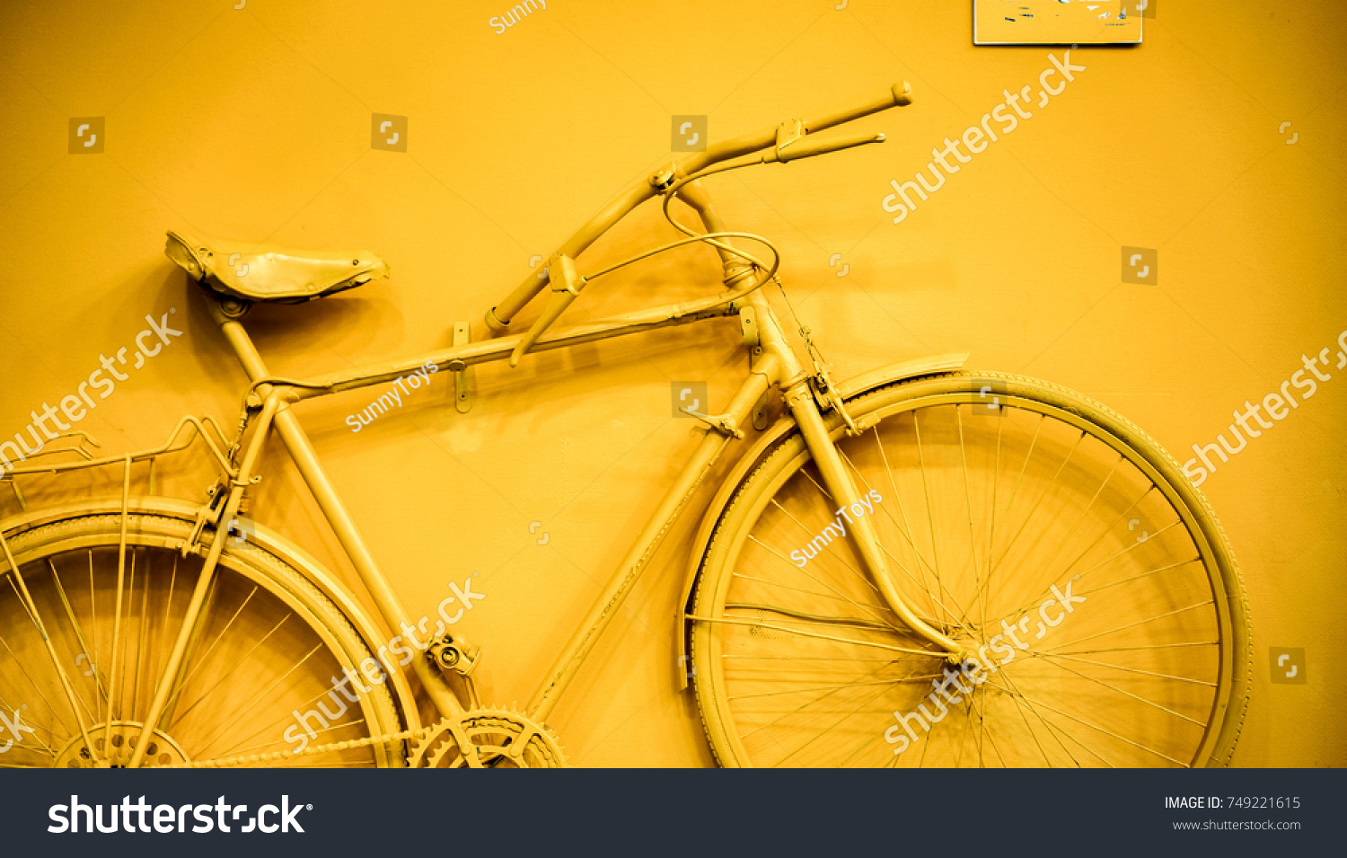 Close Bicycle Decoration On Wall Old Stock Photo 749221615 ...