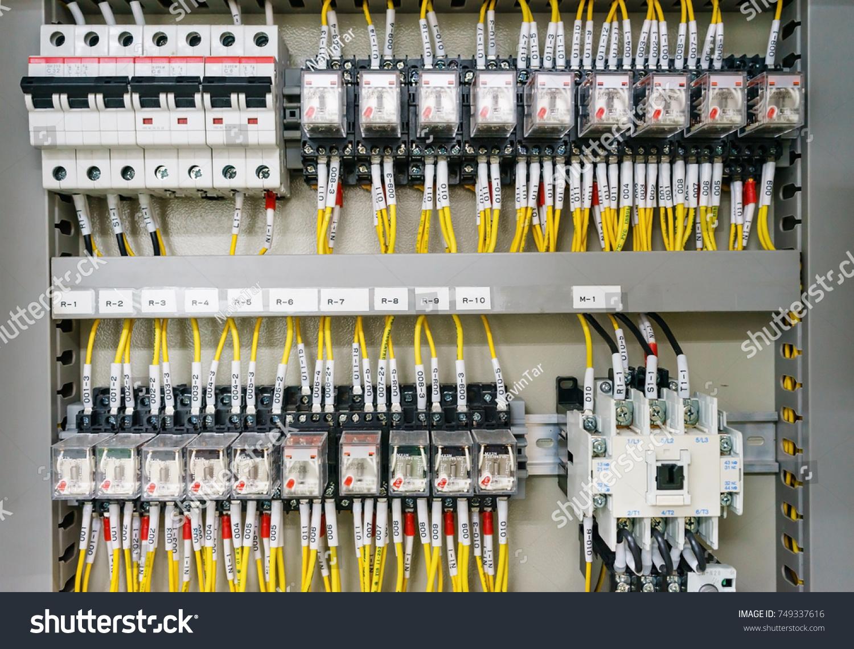 Pleasant Fuse Box Electrical Supplies Wiring Library Wiring Database Aboleterrageneticorg