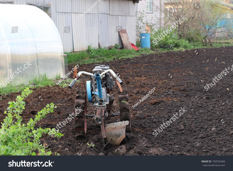 How to plow motoblock