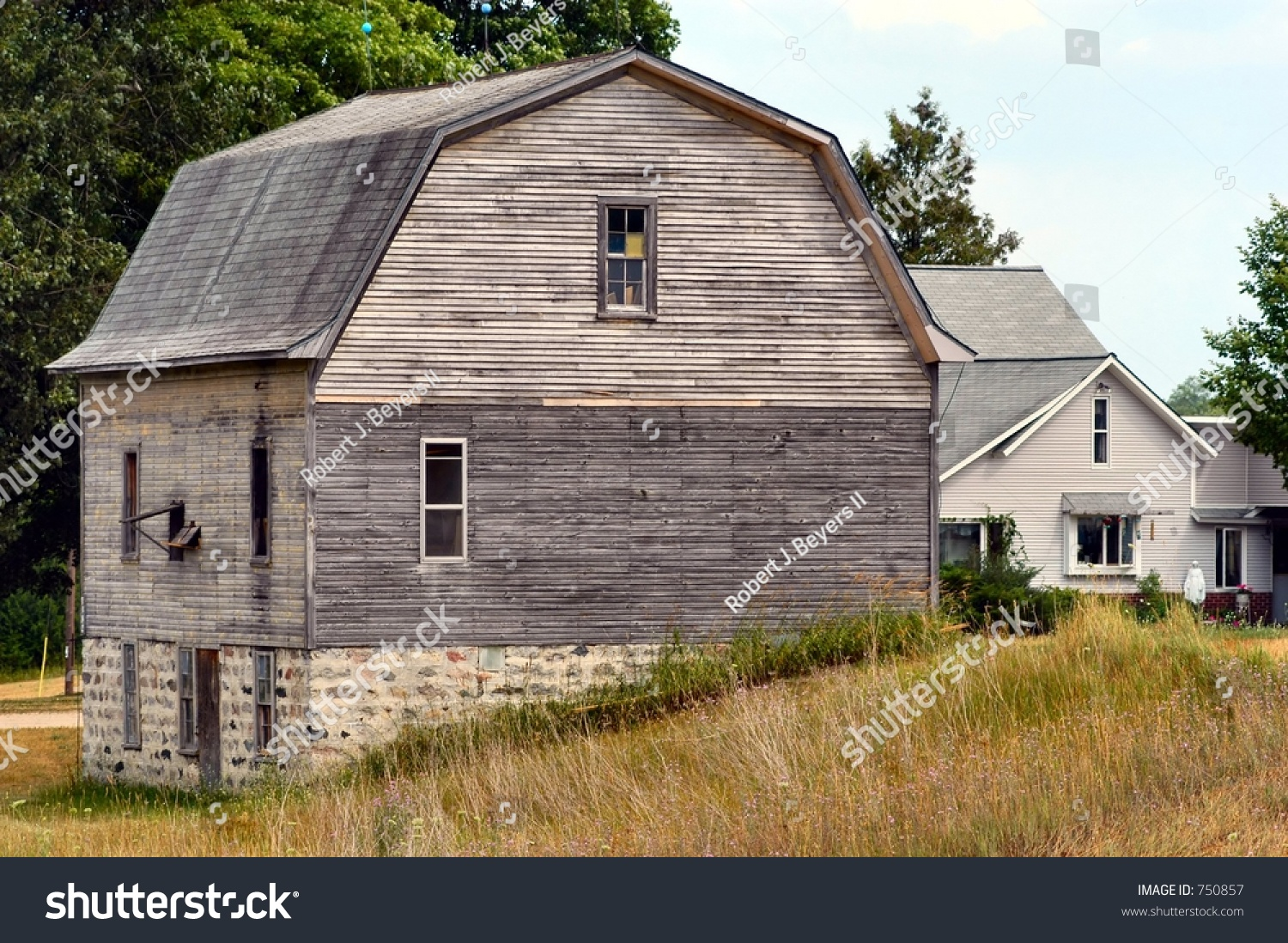 Old Barn Build On Hillside On Stock Photo Edit Now 750857