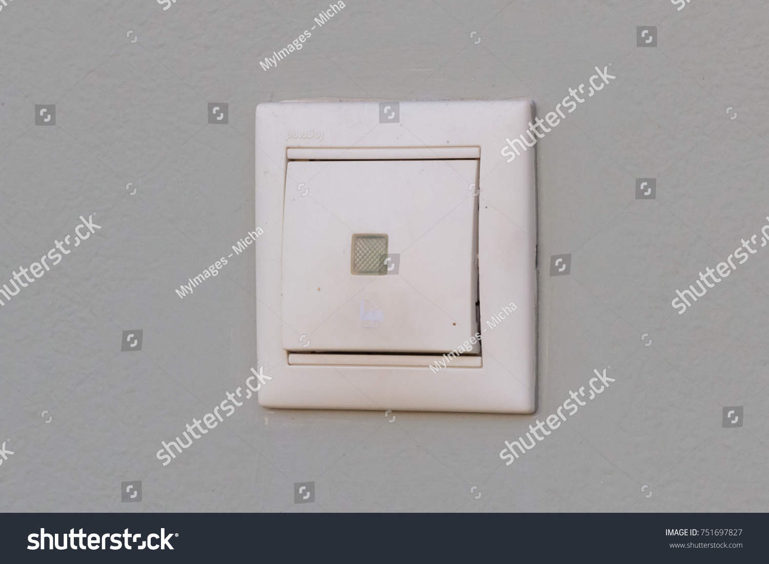 View of light switch on wall   EZ Canvas