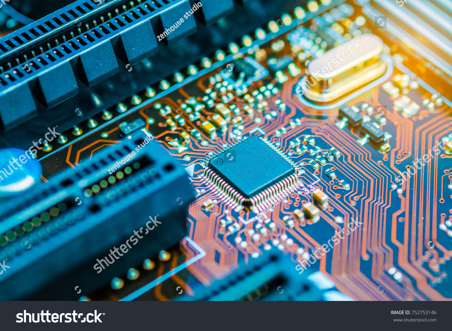 Cpu Chipset On Printed Circuit Board Pcb Close Up Ez Canvas Custom Electronic Made Id 752753146