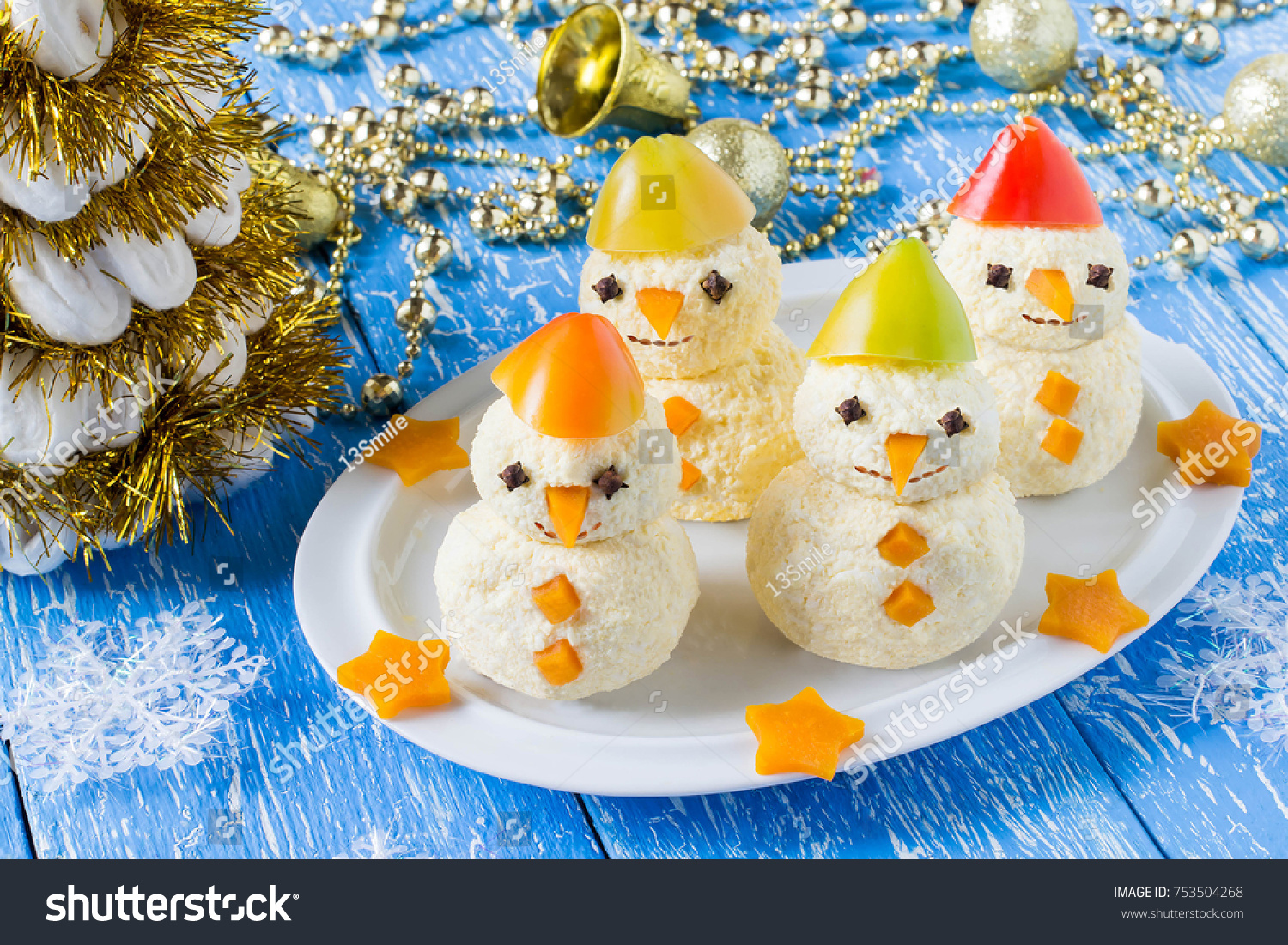 Original Christmas Party Ideas Part - 43: Idea For Christmas Party: Funny Snowmen From Cheese And Sweet Pepper On  Plate. Original