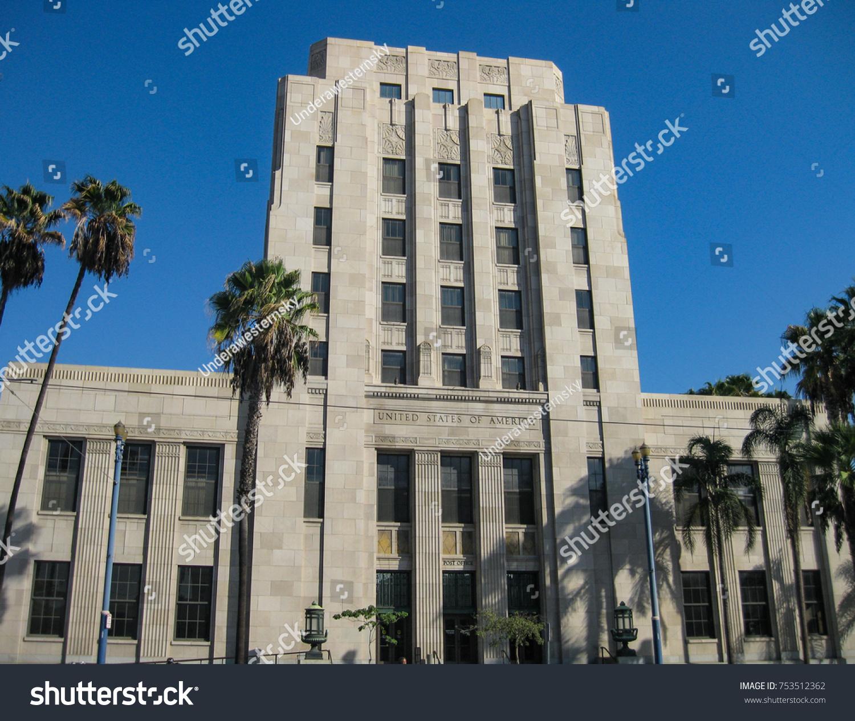 Beautiful Long Beach, California USA   Nov. 11, 2017: Post Office And Federal