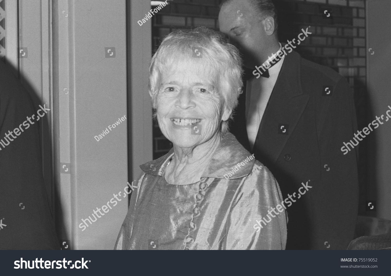 Betty Fields,Amelia Marshall Sex pictures Marsha Clark,Natascha McElhone