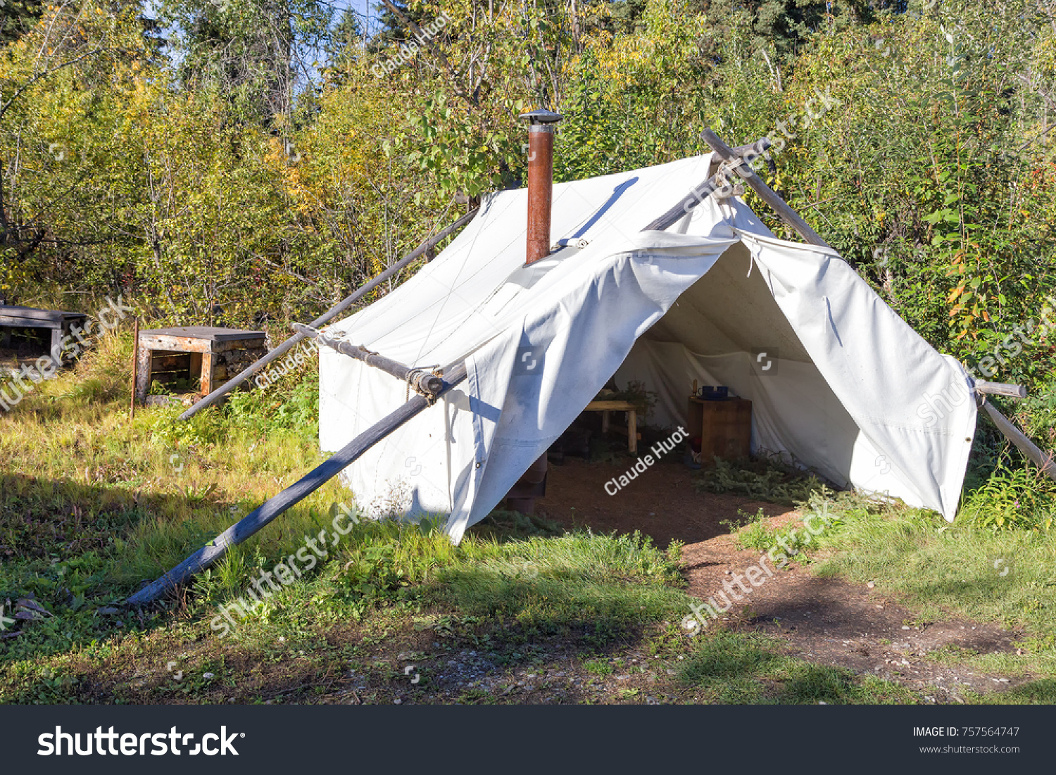 Alaskan canvas wall tent in an Athabascan village on the bank of the Chena river near Fairbanks, Alaska..