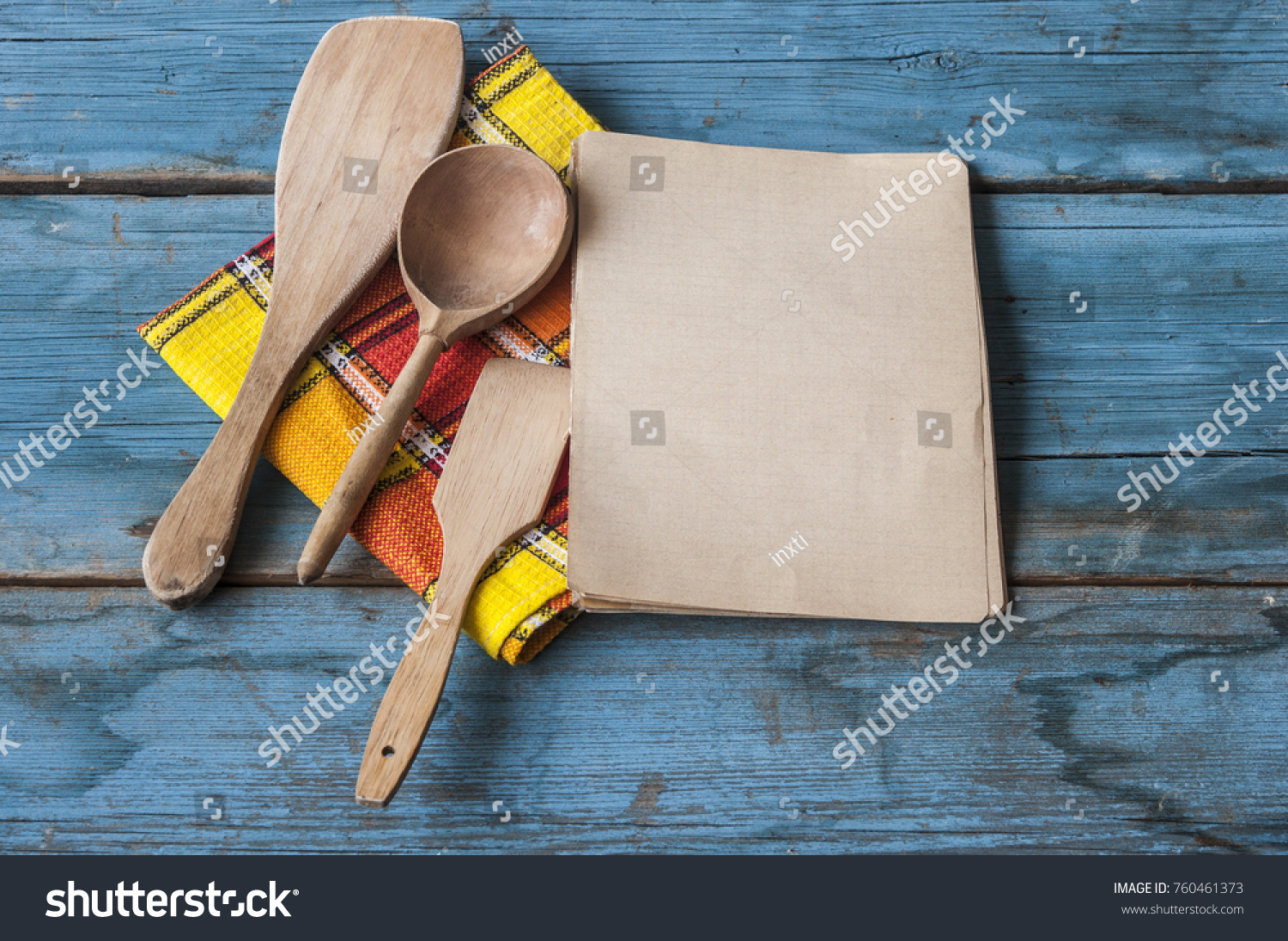 Wooden kitchen utensils on the table | EZ Canvas
