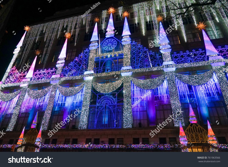 New York, USA   20 November 2017. Saks Fifth Avenueu0027s Magical Snow White