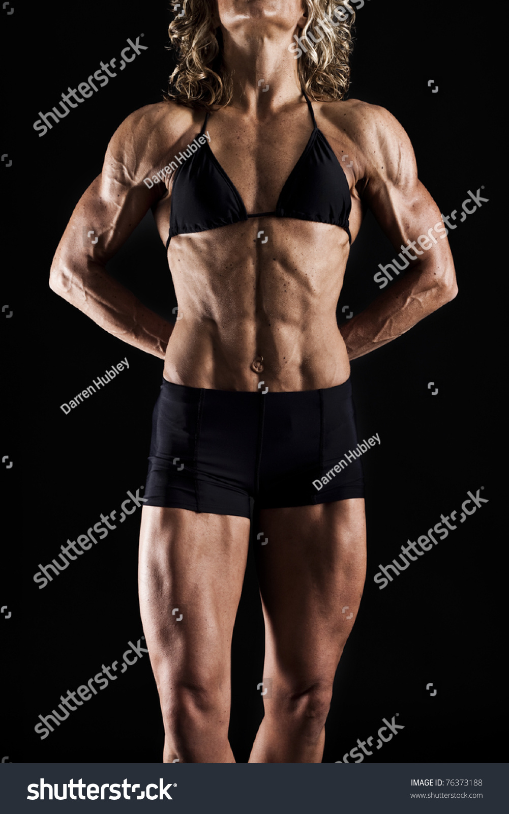 Very Toned Female Body Builder Stock Photo 76373188 - Shutterstock