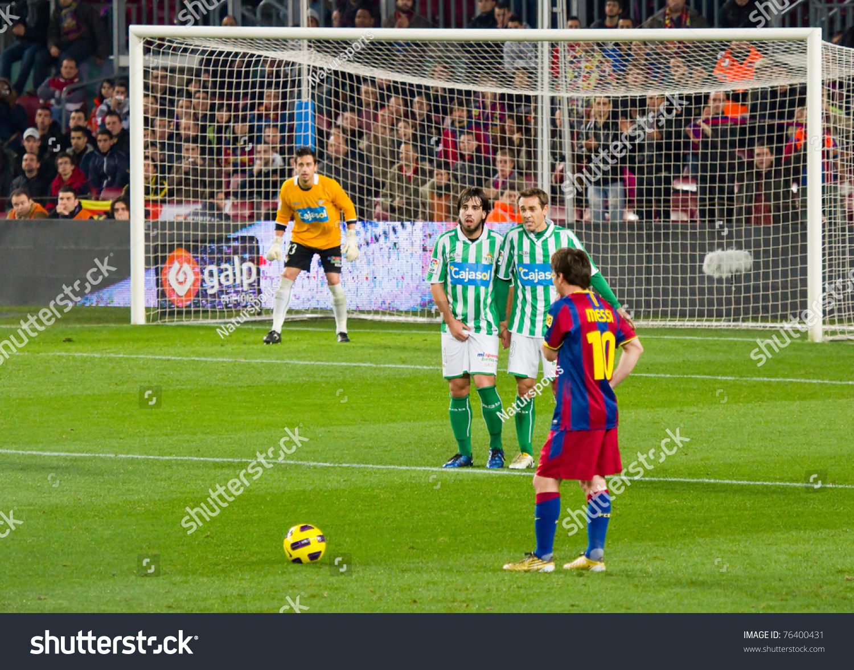 how to draw ronaldo taking a free kick