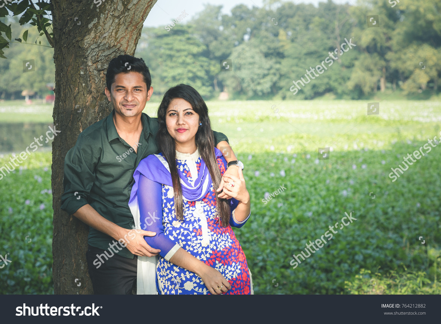 Dhaka bangladesh november 25 2017 a young newly married couple from india
