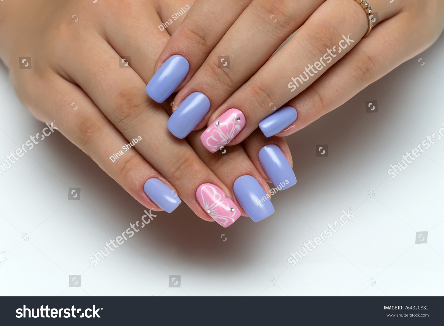 Delicate Violet Pink Manicure White Flowers Stock Photo 764320882 ...