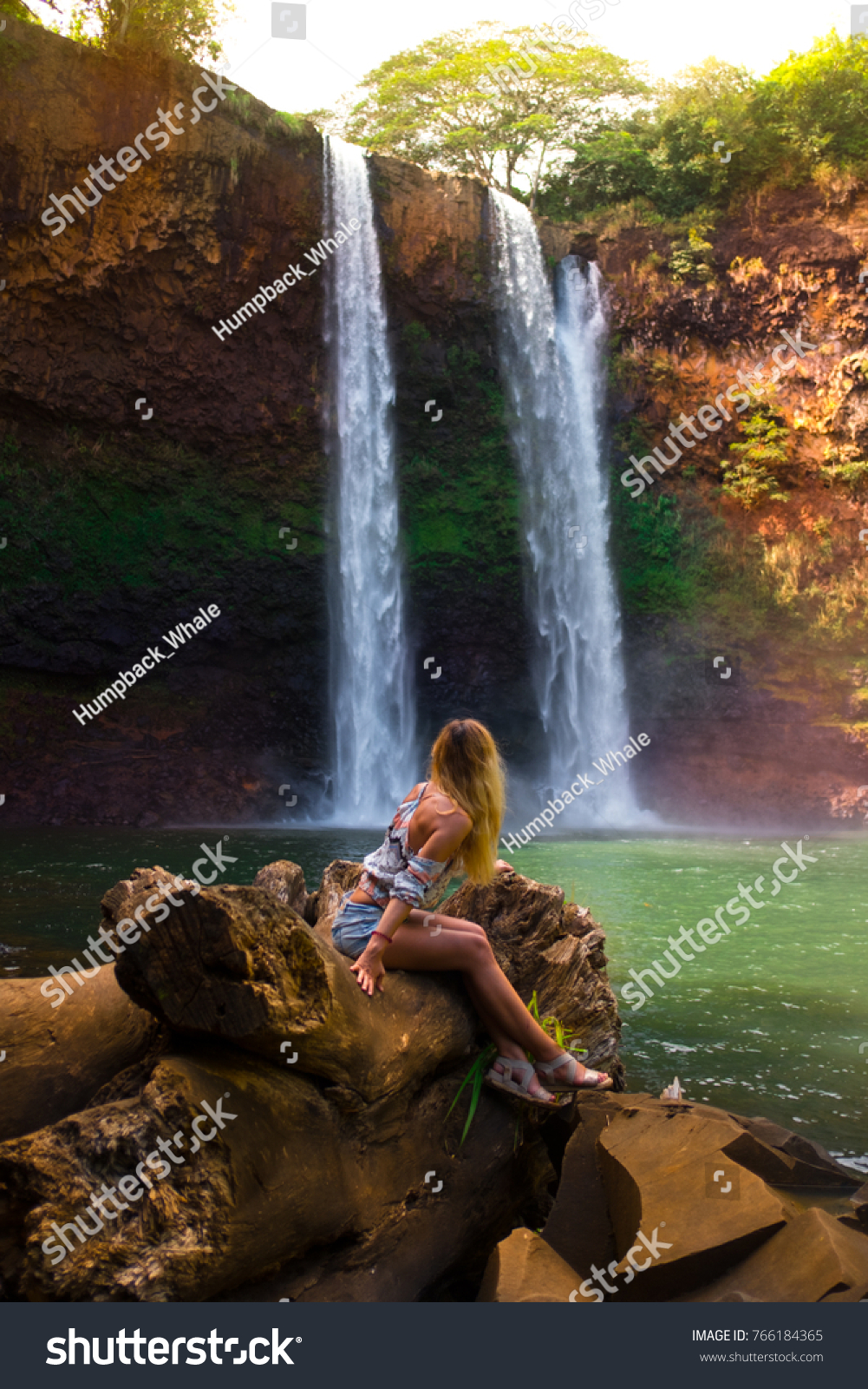 Alone Traveler Woman Seats Her Back Stock Photo Edit Now 766184365