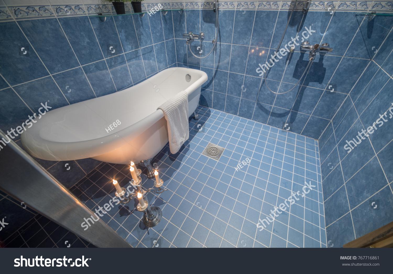 Classic Bathtub Modern Bathroom Burning Candles Stock Photo (Edit ...