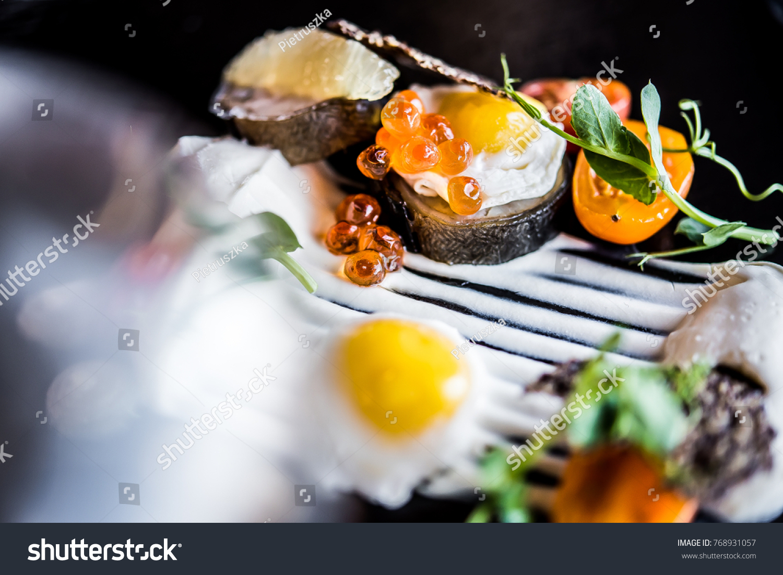 Elegant Food Modern Cuisine Stockfoto (Jetzt bearbeiten) 768931057 ...