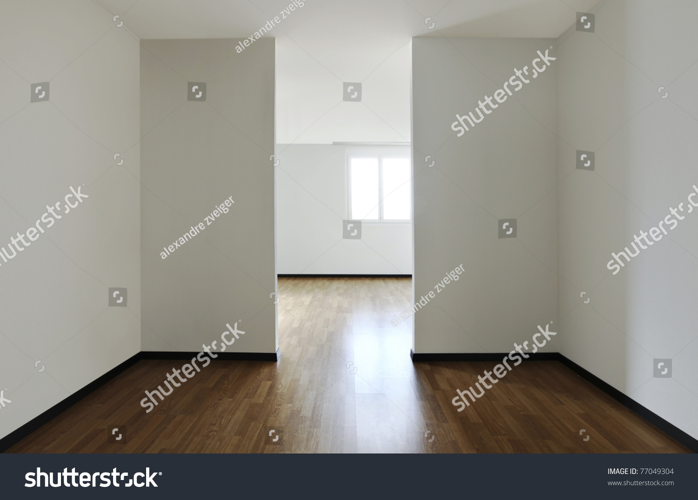 New apartment empty room hardwood floor photo libre de for Wood floors in the new apartment