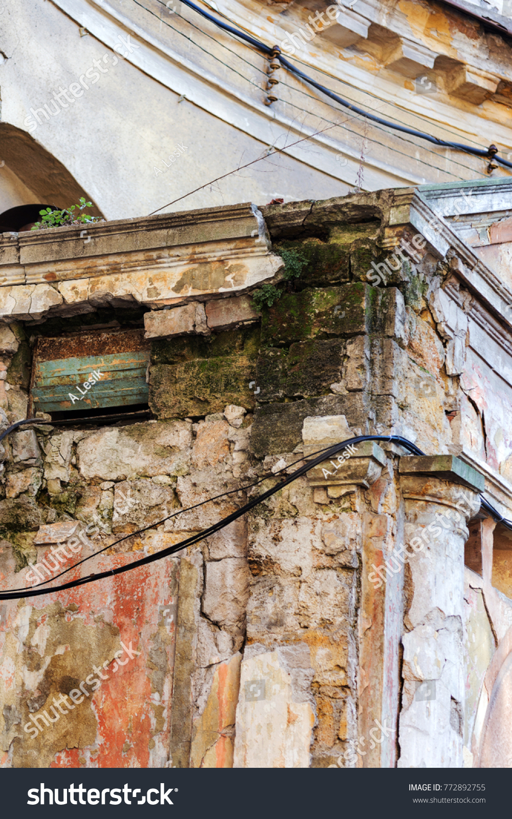 Old Wall Electric Wires Suspended Insulated Stock Photo Edit Now Wiring In Brick An With Electrical For Isolators External