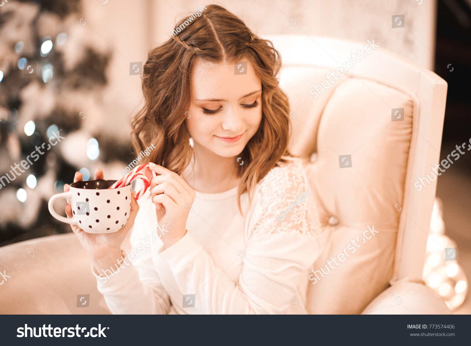 aa50c746f Smiling Teen Girl 1416 Year Old Stock Photo (Edit Now) 773574406 ...