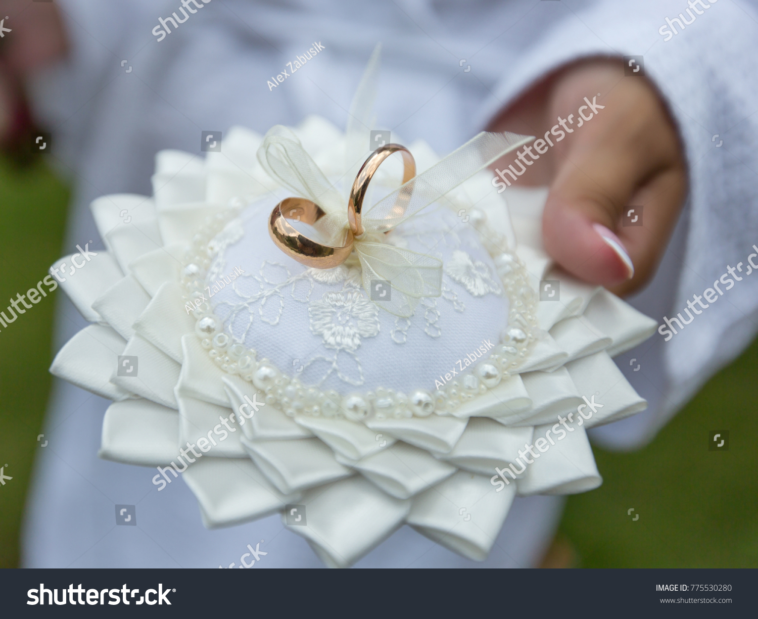 pin wedding bearer most ring lace burlap pillow the details ceremony