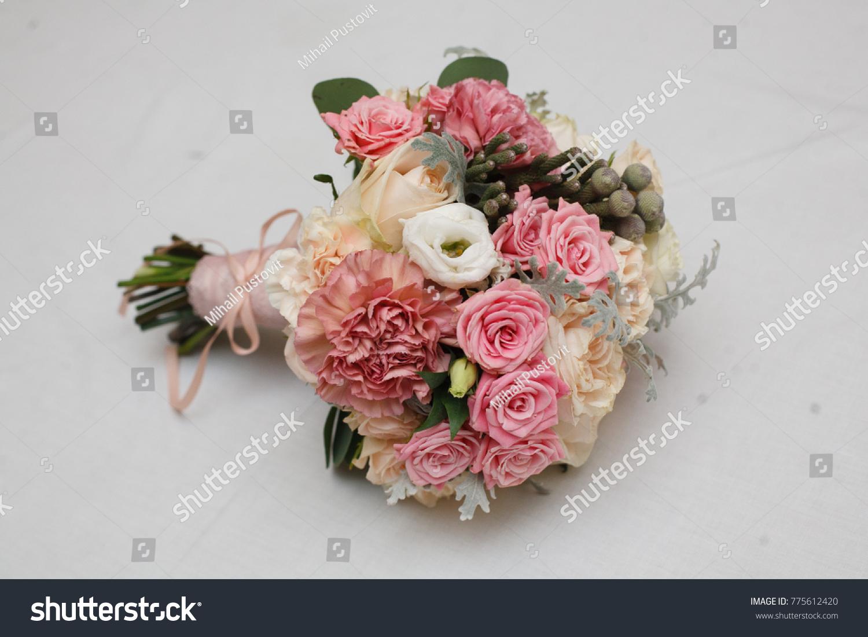Gentle bride bouquet beautiful flower arrangement stock photo edit gentle bride bouquet beautiful flower arrangement stylish wedding bouquet wedding decoration izmirmasajfo