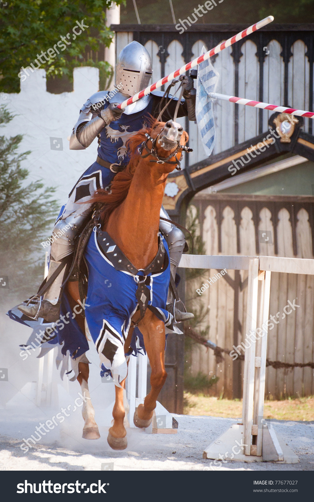 Performers at The Georgia Renaissance Festival include acrobats, jugglers, magicians, dancers and wandering minstrels. In addition to live entertainment, the renaissance festival in Atlanta features games, rides and children's activities, among them a haunted ship and a rock climbing wall.