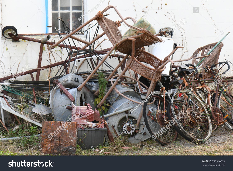 Pile Metal Junk Vintage Rusted Scrap Stock Photo (Royalty Free ...