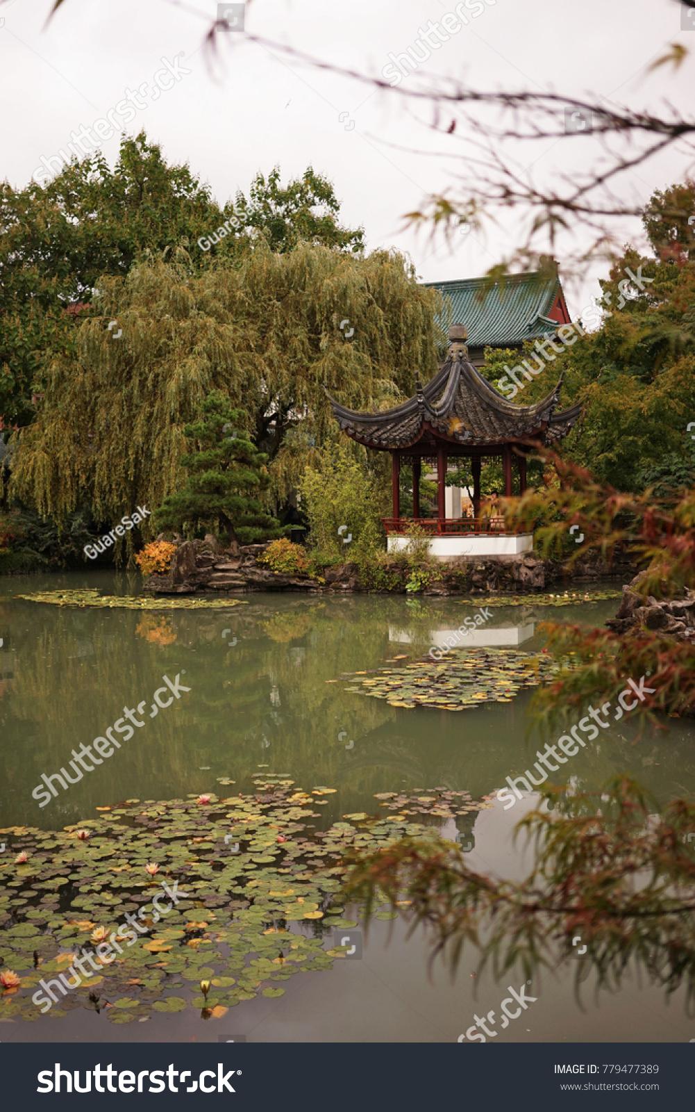Golden Pavilion at Kinkakuji Temple, Kyoto Japan | EZ Canvas