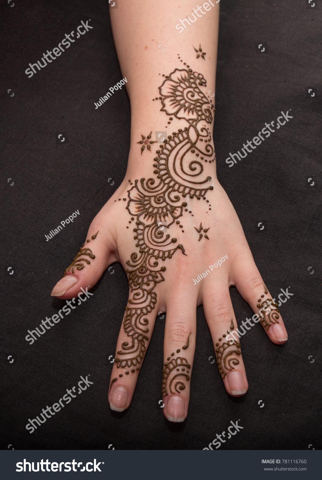 Woman Hand Black Cute Henna Mehendi Stock Photo Edit Now 781116760