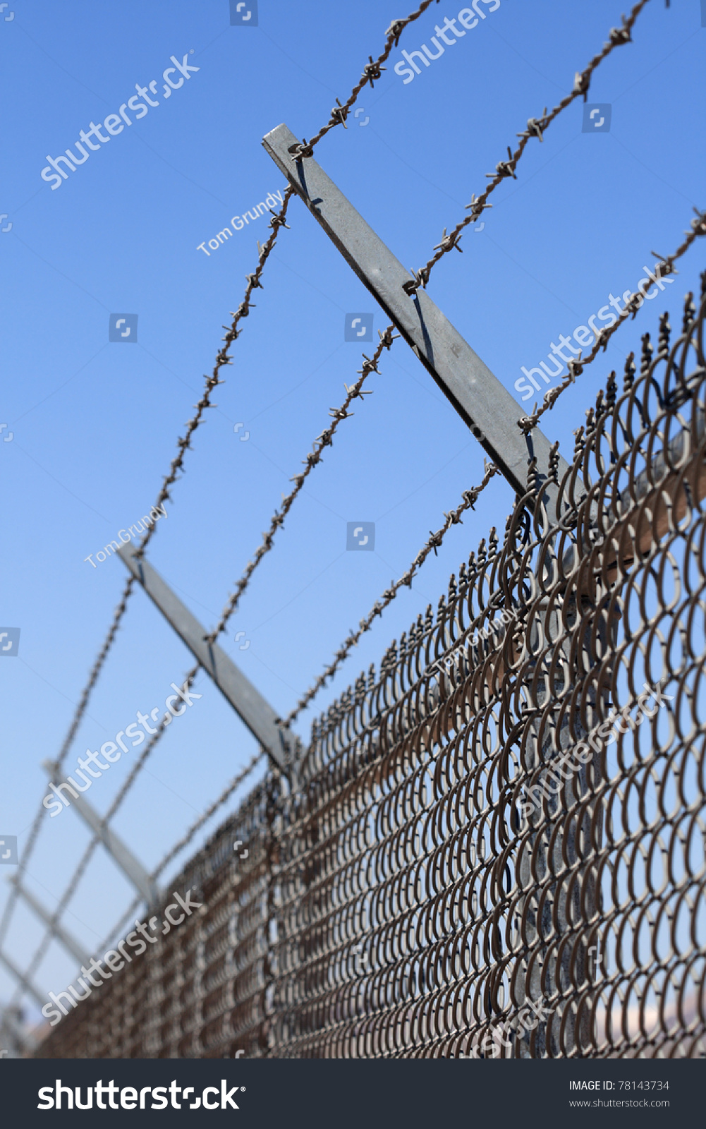 Contemporary Razor Wire Regulations Photo - Electrical Diagram Ideas ...