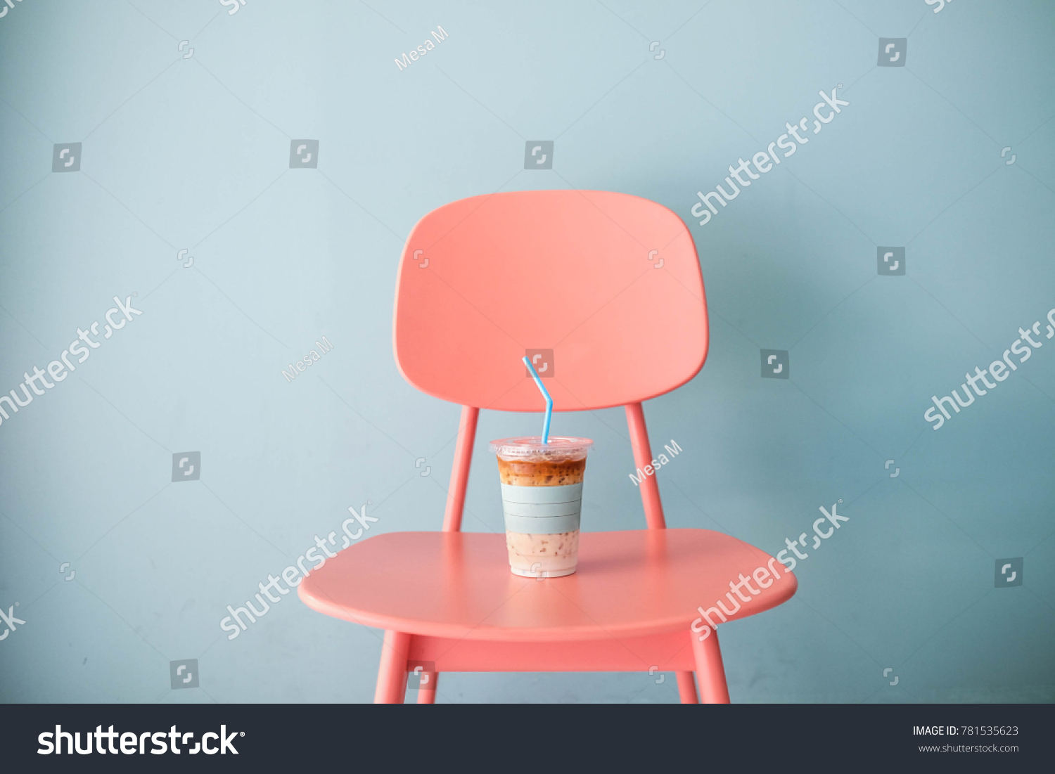Stock Photography Trends 2018: Pastel Still Life