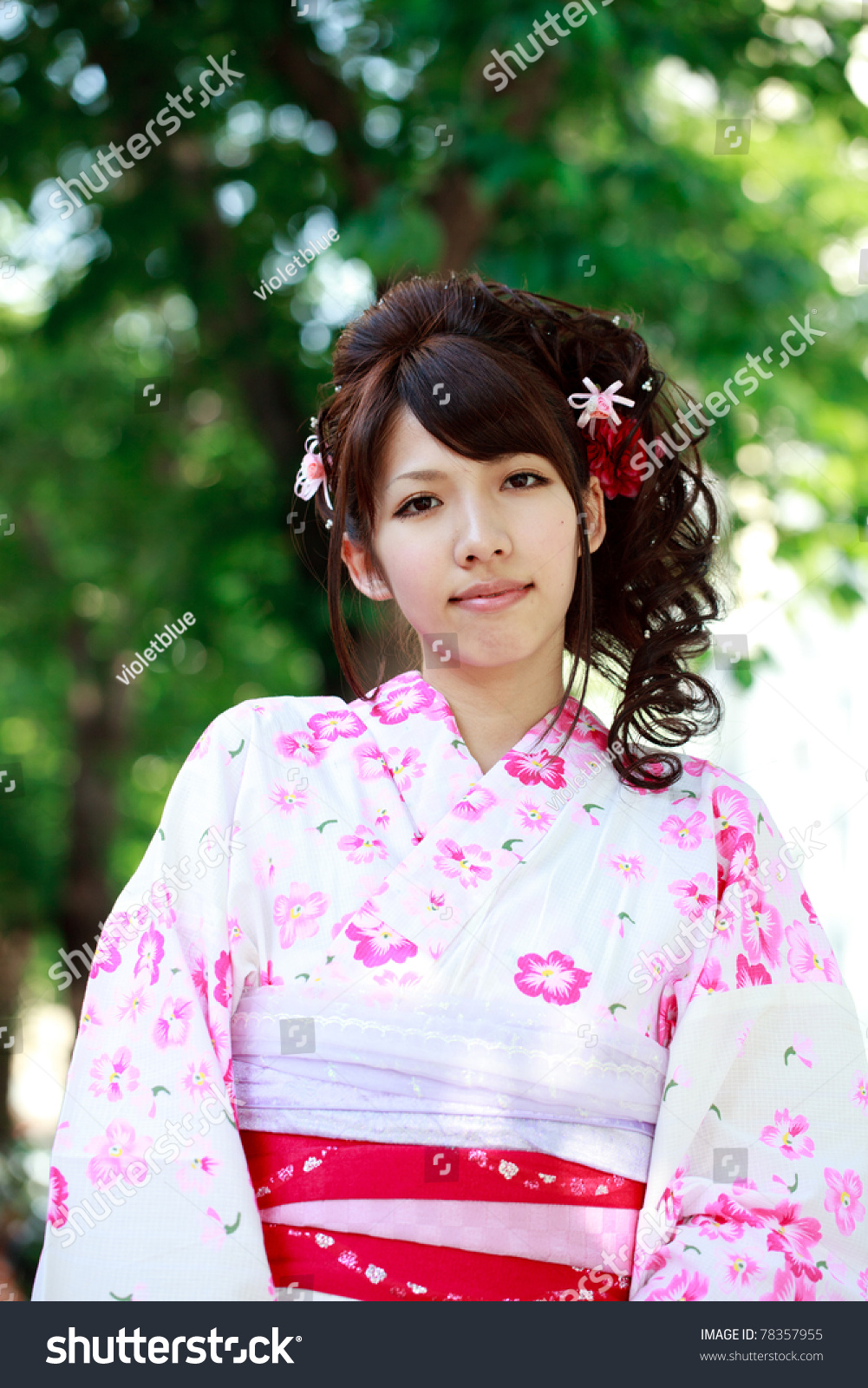 japanese girl wearing kimono - photo #11