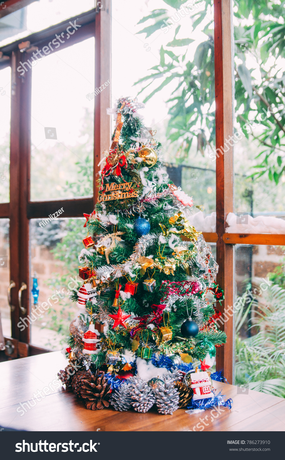 Small Christmas Tree Cafe Stock Photo Edit Now 786273910