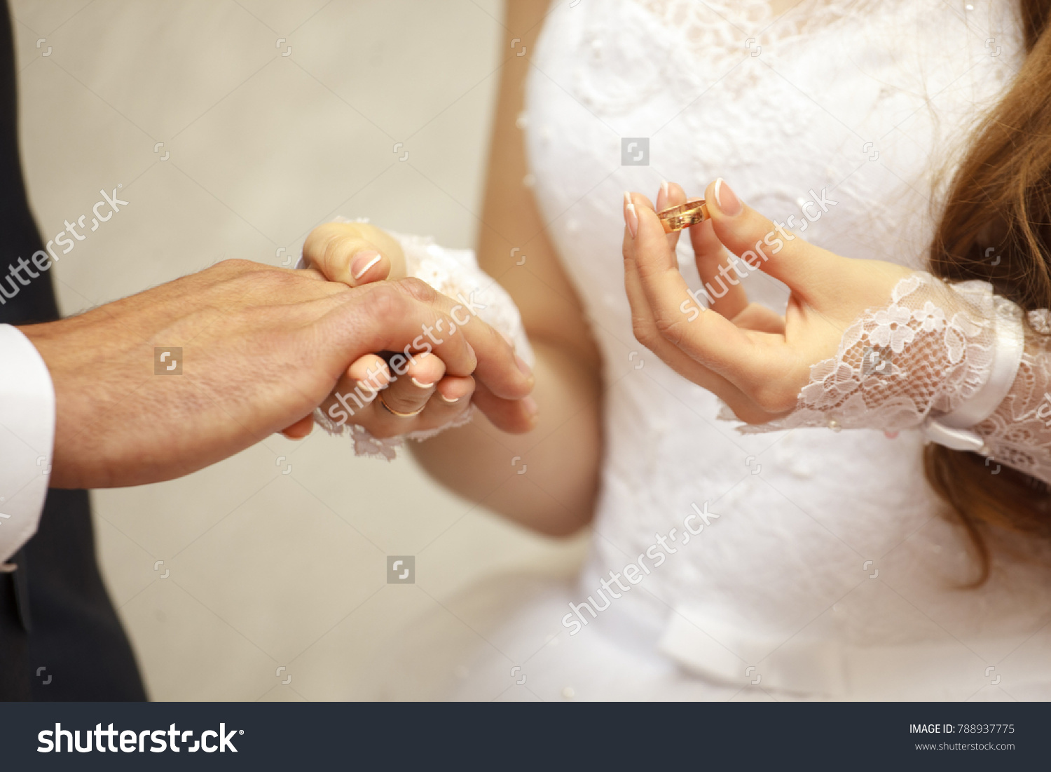 2019 year for lady- Wears Bridal for engagement day pictures